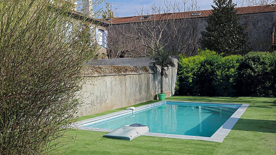 piscine en kit kopec. Black Bedroom Furniture Sets. Home Design Ideas